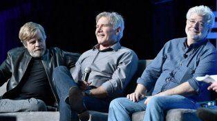 El elenco de Star Wars celebra 40 años de historia en 90 minutos y cuatro días de fiesta