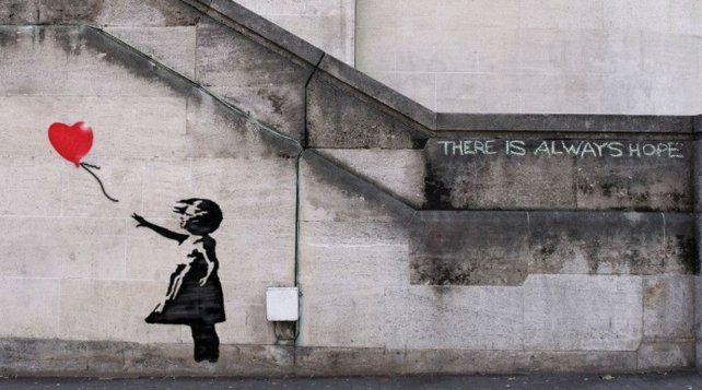 Banksyes el seudónimo de un prolífico artista del street art británico.