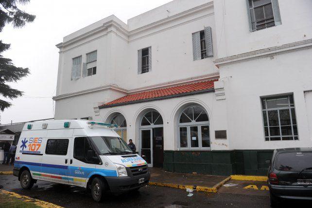La mujer fue atendida en el hospital Roque Sáenz Peña por las heridas que le produjo su pareja.
