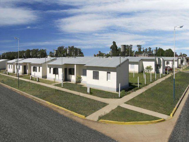 Necesidad del techo propio. Estiman que la falta de vivienda en la provincia alcanza a unos 120 mil hogares.
