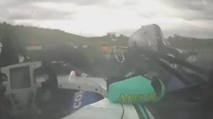 Impactante accidente en la F4 británica