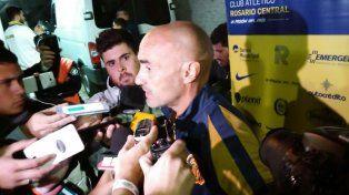 Montero analizó en rueda de prensa el triunfo canalla en cancha de Temperley.