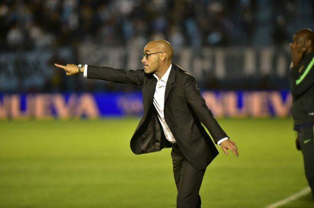 El uruguayo Montero fue expulsado y explicó cómo fue la jugada en la que vio la roja.