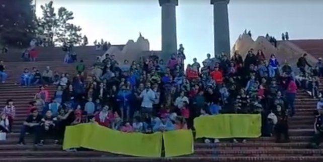 Una coreografía en el Parque España que entusiasmó a Tinelli.