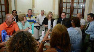 Los ministros Genesini y Balagué, encabezaron la reunión de hoy con los gremios docentes.