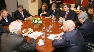 La intendenta Fein estuvo reunida con sus pares de otras provincias.