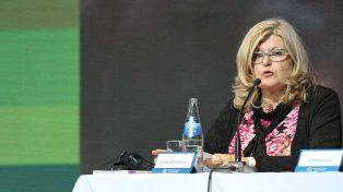 La ministra ratificó que la oferta salarial es la mejor del país.
