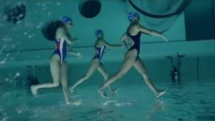 La ilusión óptica de estas nadadoras  ya es viral