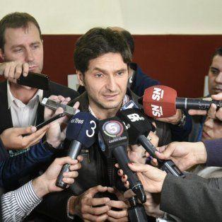 El ministro de Seguridad de Santa Fe, Maximiliano Pullaro, durante la rueda de prensa en la sede local de la Gobernación.