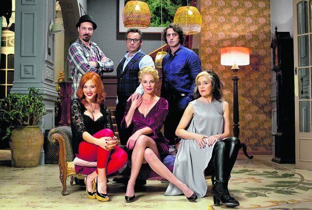 Elencazo. La actriz Belén Rueda (centro) y Diego Peretti se destacan en la comedia de la directora española.