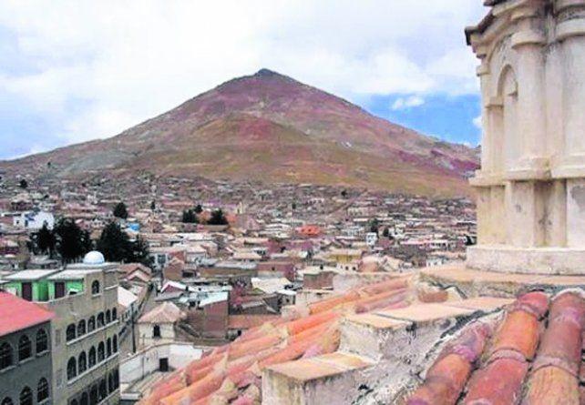 Potosí. La ciudad está al pie del cerro Rico