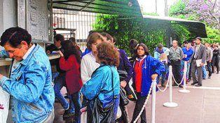 Los habitantes del interior no deberán permanecer dos días en Buenos Aires para la visa.