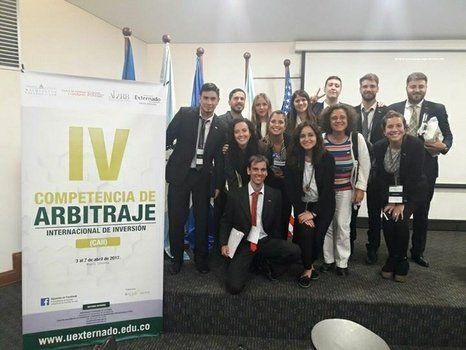 con el primer premio. El grupo rosarino venció a representantes de Uruguay en la audiencia final.