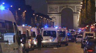 dos personas murieron y otra resulto herida en un tiroteo en el centro de paris