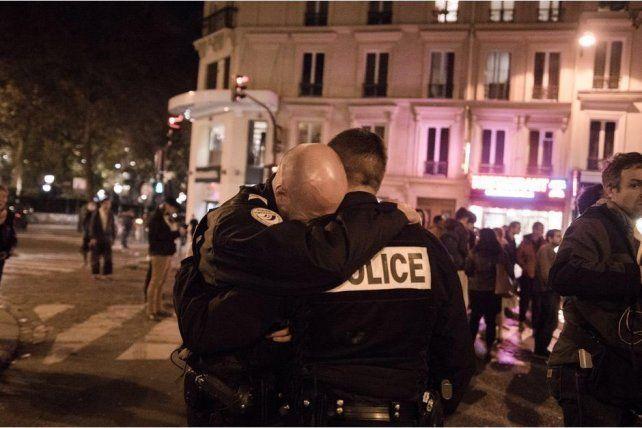Una de las consternadoras imágenes que dejó el tiroteo.