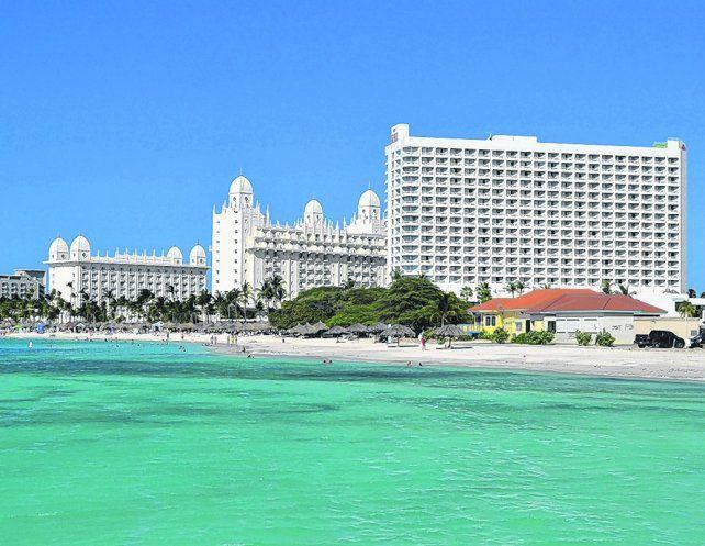 Gigante blanco. El Hotel Riu Palace Antillas