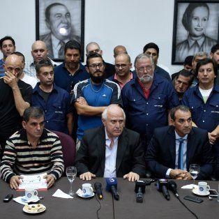 Pablo Cerra, Antonio Donello, Miguel Lifschitz y el empresario Ricardo Ciccarelli, algunos de los presentes en la sede de UOM Rosario.