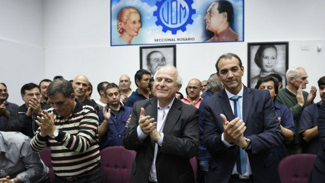 El gobernador Lifschitz junto a Ricardo Ciccarelli y Antonio Donello de la UOM