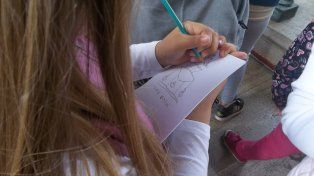 Las visitas de escolares para conocer la historia del Monumento se multiplican cada año.
