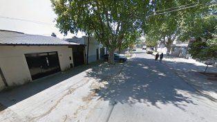 La cuadra de Garibaldi 200 Bis, donde sucedió el ataque. (Foto de Street View)