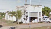 La fábrica de hielo emplazada en Presidente Sáenz Peña. En su interior yacía Carlos Bueno, de 62 años.