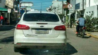 La foto del auto que viralizaron las redes sociales.