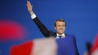 Macron superó a Marin Le Pen en los comicios franceses pero deberán ir a una segunda vuelta.