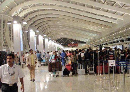 Una imagen del interior del aeropuerto de Bombay.