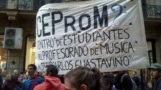 Los estudiantes del profesorado de música reclaman por el anexo.