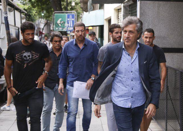 Los jugadores rojinegros llegaron a un acuerdo por parte de la deuda. (Foto de archivo).