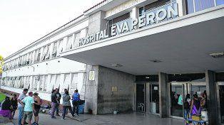el lugar. La guardia del Eva Perón recibió el domingo al bebé que por su estado tuvo que ser derivado al Vilela.
