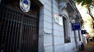 La comisaría 5ª de barrio Abasto, esta mañana, tras al fuga de diez internos.
