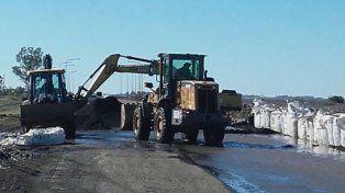 La situación en la ruta provincial 90 sigue siendo crítica por la crecida de la laguna Melincué
