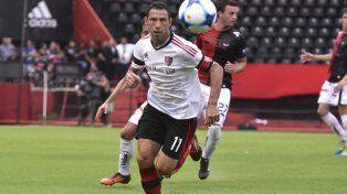 Maxi Rodríguez sorprendió al afirmar que no le ofrecieron renovar el contrato.
