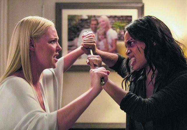 Enemigas. Katherine Heigl y Rosario Dawson se enfrentan por un hombre.