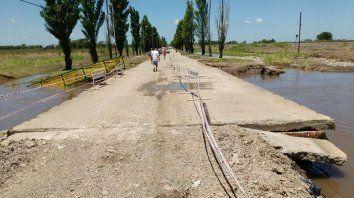 El puente sobre el arroyo Constitución es una de las obras que se ejecutarán. (Foto de archivo)