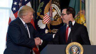 Promesa de campaña. Trump dejó que el secretario del Tesoro
