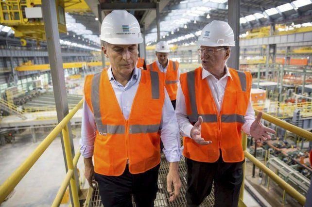 Norte. La industria local cae. Macri inauguró planta de Techint en EEUU.