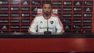 El delantero de Newells Ignacio Scocco destacó la madurez del plantel para no dejarse afectar por los problemas económicos.