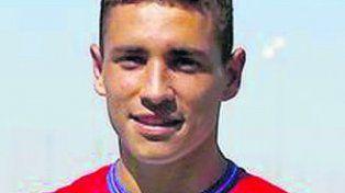 Ezequiel Ponce. Delantero, ex Newells.