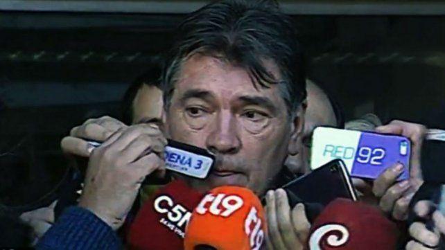 Ricardo Fulles habla con la prensa y disparó duro contra la fiscal de la causa.