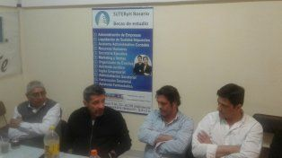 En Rosario. El dirigente mantuvo un encuentro con gremios locales.