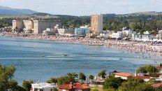 La playa del centro es la más concurrida.