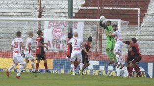 Cerró el arco. Pocrnjic recibió el último gol ante Patronato