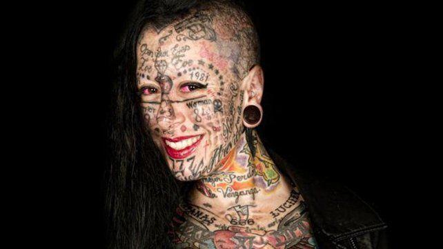 Así es la mujer más tatuada de Europa
