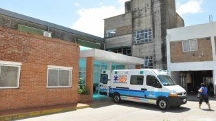 El conductor y padre de familia quedó internado en el hospital Granaderos a Caballo.