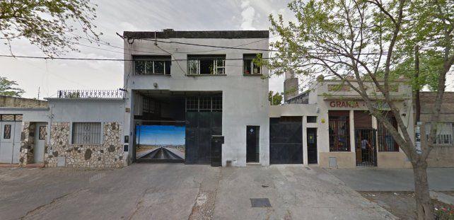 Empleados tomaron un lavadero industrial que cerró sus puertas sin previo aviso