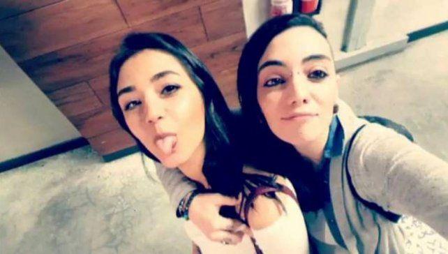 Todo por amor. La argentina Jimena Rico y su novia egipcia Shaza.