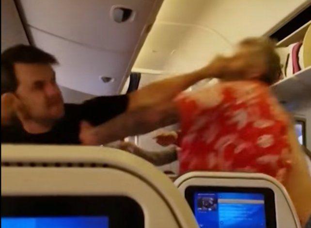La imagen de la brutal pelea.