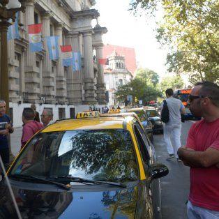 Mantuvieron la protesta. Un grupo de trabajadores del volante se concentró en Gobernación.